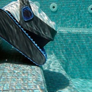 What Is The Robotic Pool Cleaners